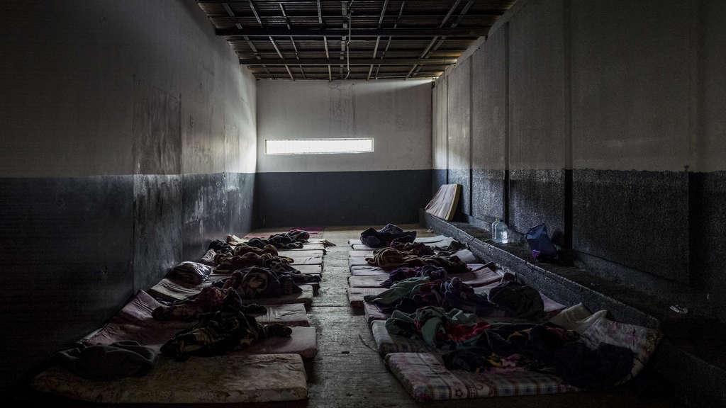 Das Bild stammt aus einem der Internierungslager im Gebiet Tripolis und entstand im Frühjahr 2017.