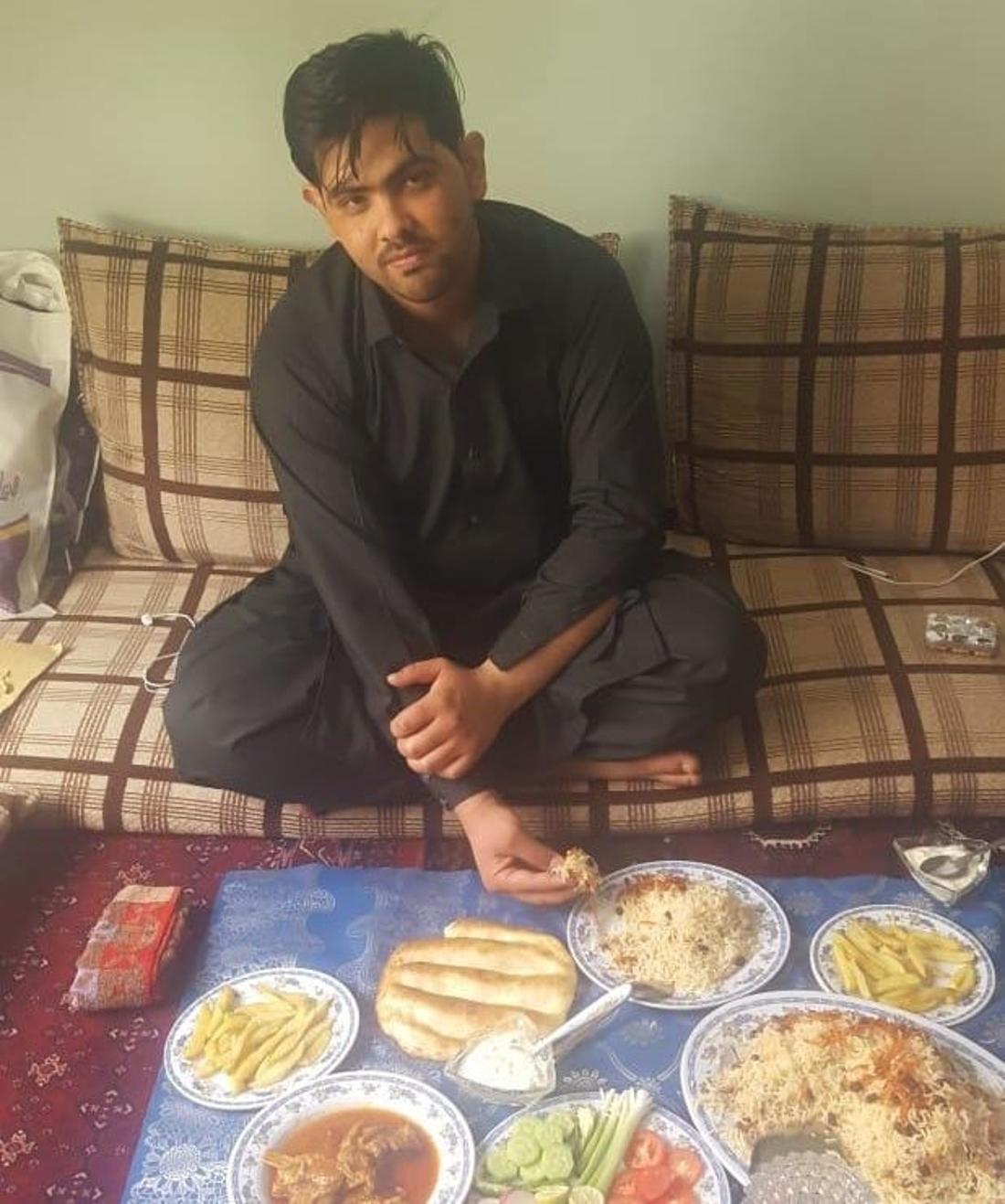 Naghibollah zwei Tage nach seiner Abschiebung in einer Moschee in Kabul.