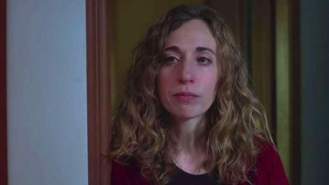 Cayetana's mom in Season 2