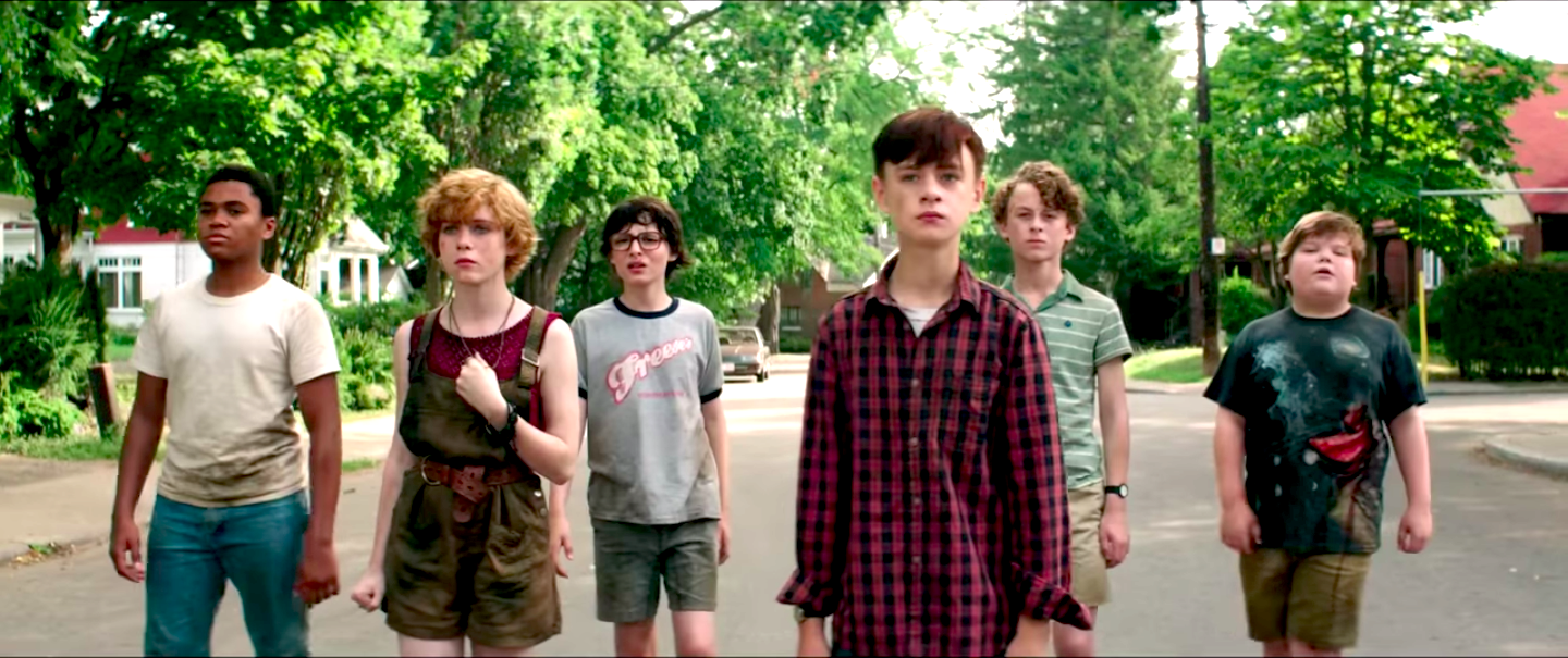 Chosen Jacobs, Sophia Lillis, Finn Wolfhard, Jaeden Lieberher, Wyatt Oleff, and Jeremy Ray Taylor in It Chapter One