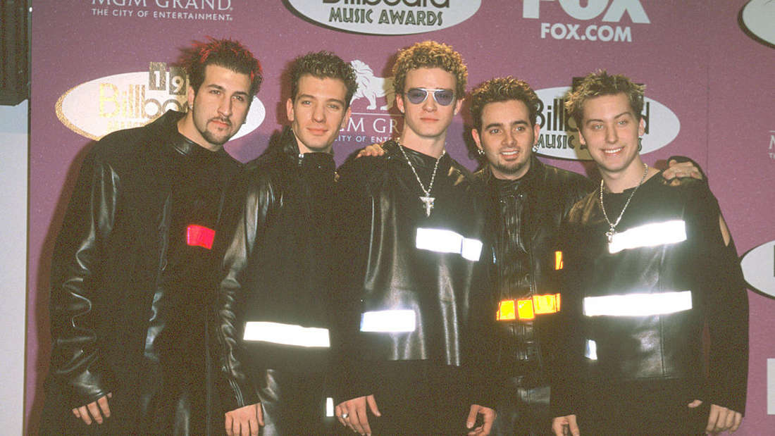 NSYNC with reflective clothing at an award show