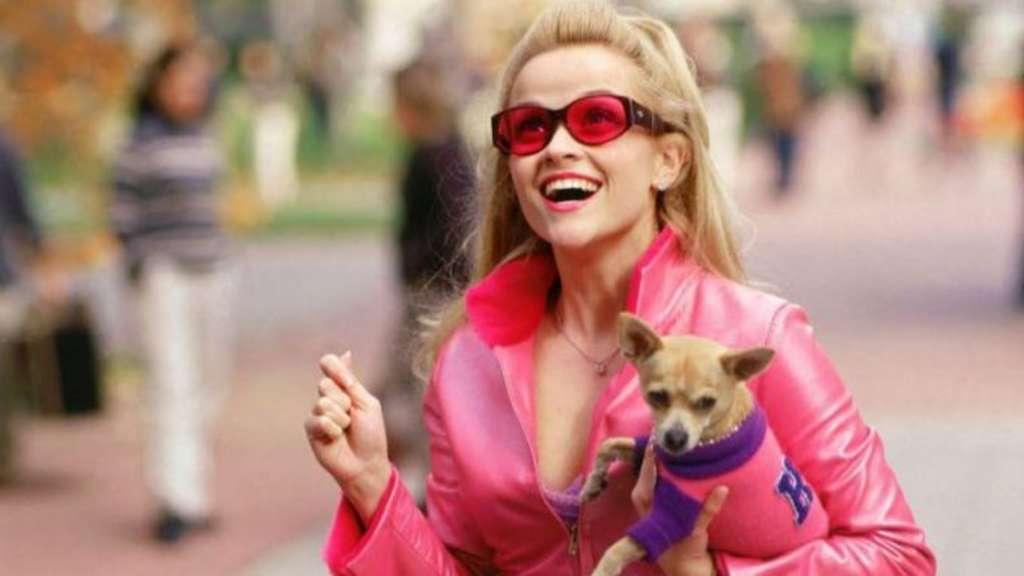 """Reese Witherspoon als Elle Woods in """"Natürlich blond""""."""