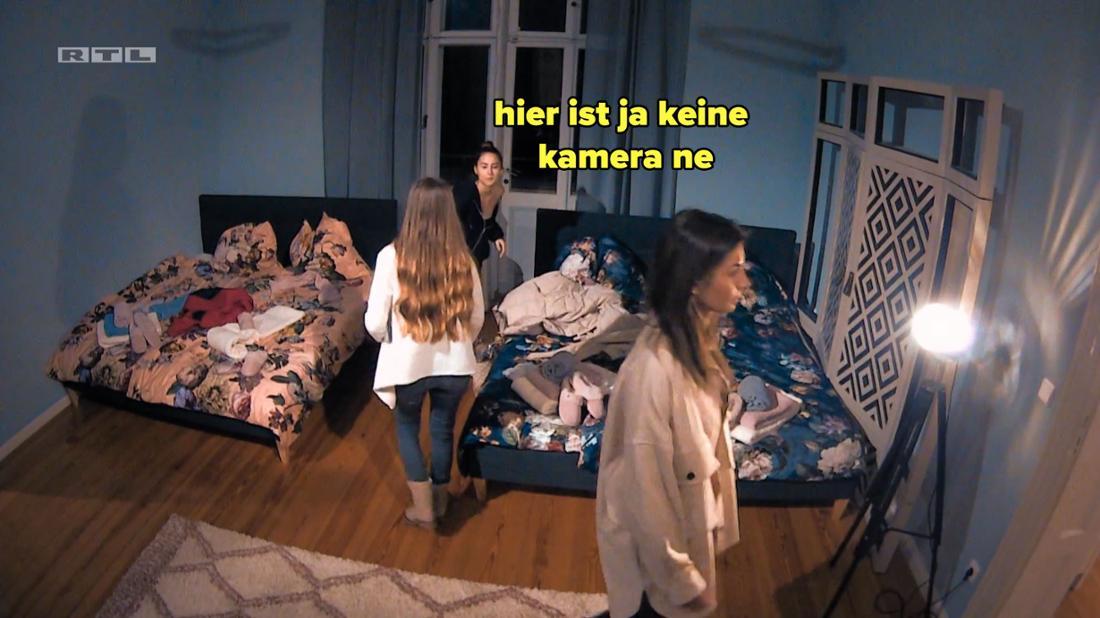 Nina wusste nicht, dass im Schlafzimmer Kameras sind