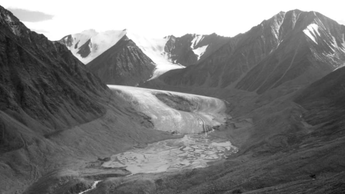 2004 war von dem Gletscher an der selben Stelle kaum noch was zu sehen.