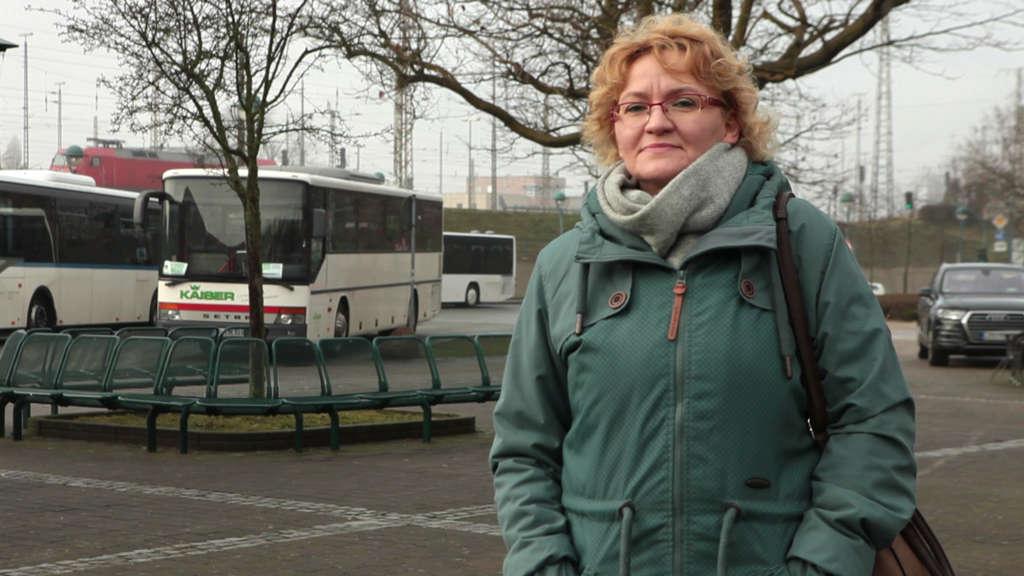 Cornelia Lempe vom Betriebsrat der DB-Vertrieb kämpft mit ihren Kolleg:innen für einen besseren Schutz vor dem Coronavirus.