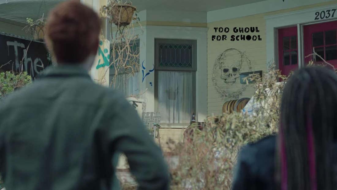 Die Ghoulies haben Archies Haus bezogen und dort ziemlich vandaliert.