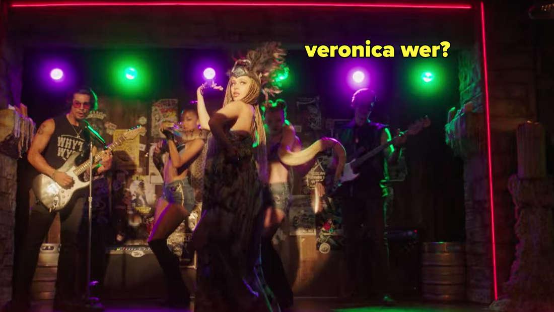 Toni Topaz auf der Bühne des Whyte Wyrm