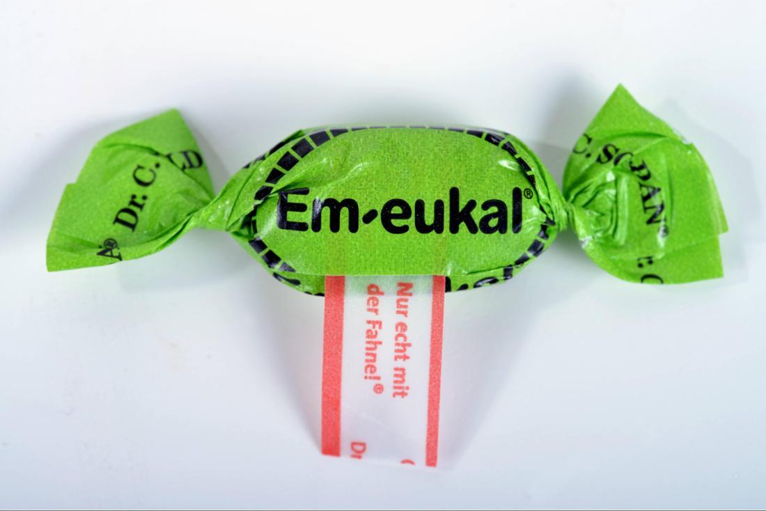 Ein Em-eukal-Bonbon.