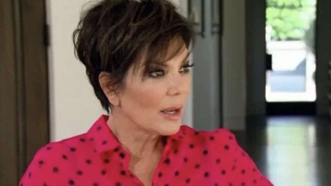 Chris Jenner mit offen stehendem Mund.