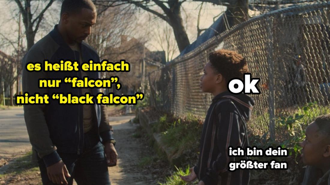 """Sam Wilson und ein Kind in The Falcon and The Winter Soldier. Auf dem Bild steht """"es heißt einfach nur 'falcon', nicht 'black falcon'""""."""