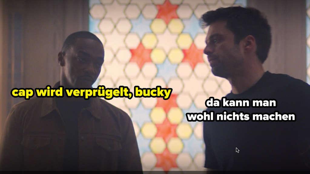 """Sam Wilson und Bucky Barnes sprechen in Marvels """"The Falcon and The Winter Soldier"""" miteinander. Sam sieht genervt aus. Auf dem Bild steht """"cap wird verprügelt"""" und """"da kann man wohl nichts machen."""""""