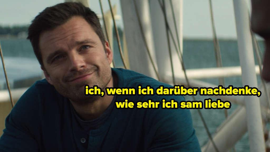 """Bucky Barnes, der in der neuen Folge von """"The Falcon and The Winter Soldier"""" lächelt. Auf dem Bild steht """"ich, wenn ich darüber nachdenke, wie sehr ich sam liebe"""""""