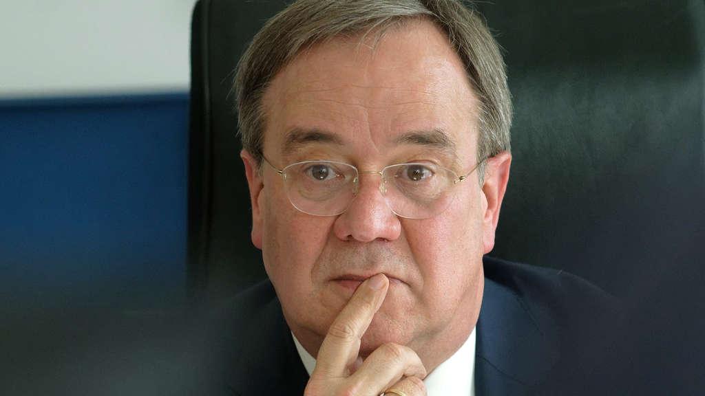 Armin Laschet, Vorsitzender der CDU, denkt nach.