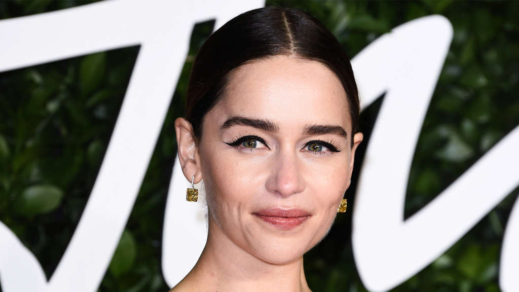 Emilia Clarke auf dem roten Teppich.