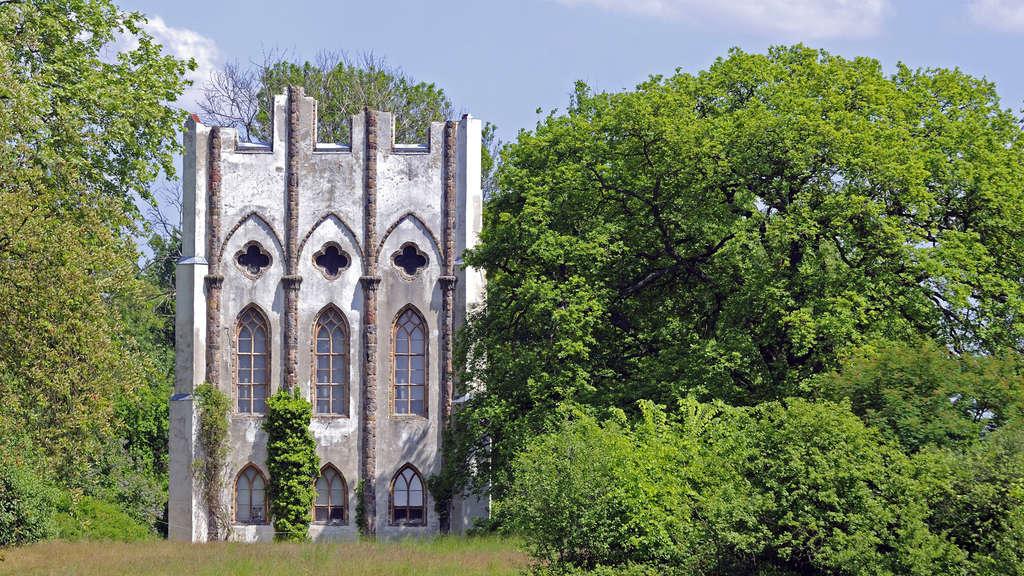 Alte Mauerei auf der Pfaueninsel in Brandenburg