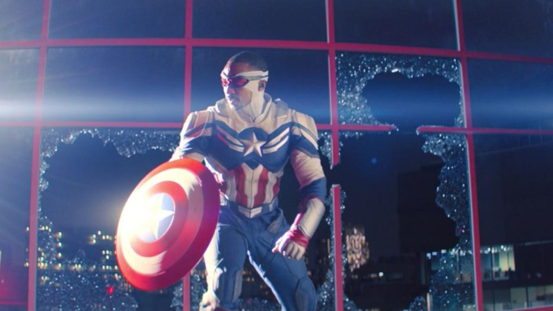 "Sam Wilson aus ""The Falcon and The Winter Soldier"" in seinem neuen Falcon/Captain America-Anzug."