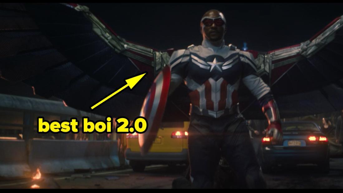 """Sam Wilson in seinem neuen Anzug in """"The Falcon and The Winter Soldier"""". Auf dem Bild steht """"best boi 2.0"""""""