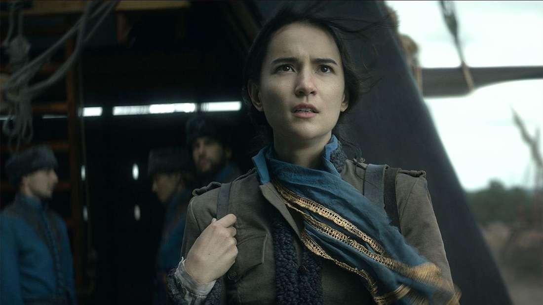 Jessie Mei Lials Alina Starkov in Shadow and Bone (Netflix)