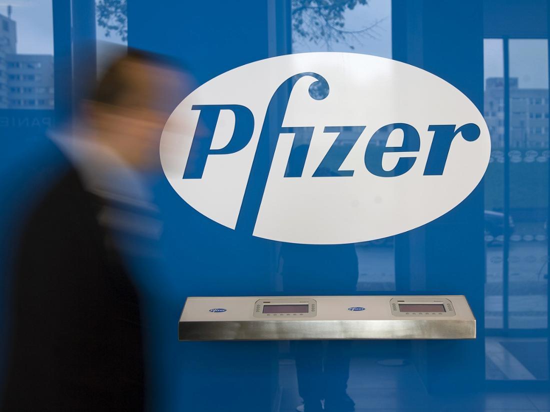 Das Logo des Pharmakonzerns Pfizer.