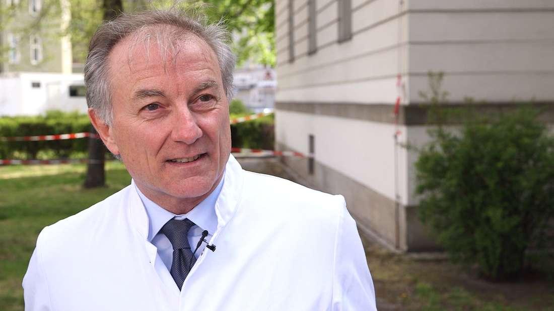 Wolfgang Henrich ist Facharzt für Gynäkologie und Geburtshilfe an der Charité Berlin
