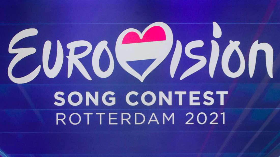 """Das offizielle Logo des Eurovision Song Contests 2021 in Rotterdam. Das Herz, welches im Wort das """"V"""" bildet, enthält die Farben der niederländischen Flagge."""