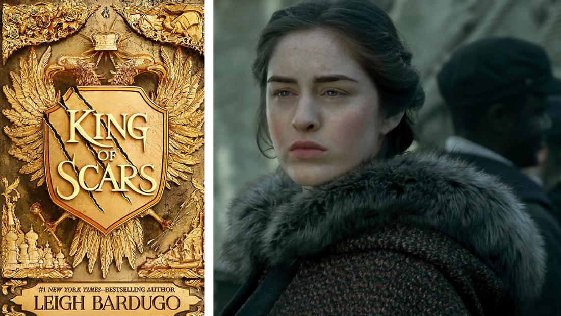 """Das Buchcover von """"King of Scars"""": Ein goldenes Wappen, bestehend aus zwei Adlern. Daneben Nina aus der Netflix-Serie."""