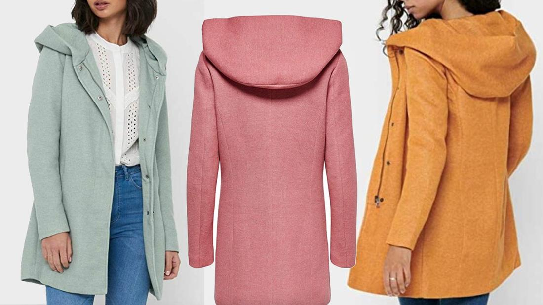 Mintfarbener, rosa und senfgelber Mantel, der den Hintern bedeckt, mit Kapuze.
