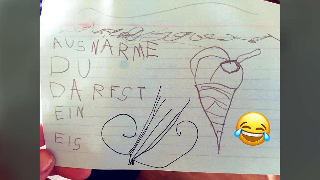 """Ein Bild, auf dem in Kinderschrift geschrieben steht """"AUSNARME DU DARFST EIN EIS."""" Daneben ein lachender Emoji."""